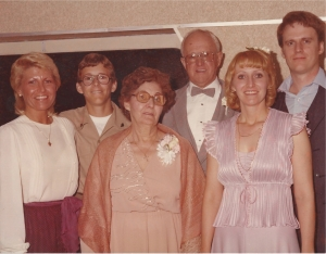 Genette at wedding reception with Joyce, Jay, Mom, Dad and Me